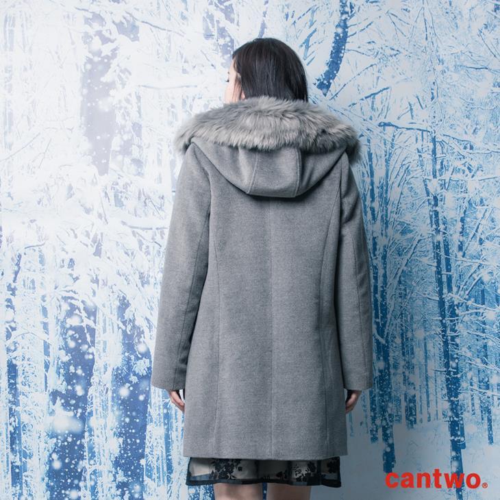 cantwo素色微光澤毛領長版大衣(共二色) 3