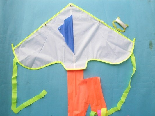 製空白風箏 彩繪風箏 DIY風箏 三角風箏^(小型.彩色尾巴^)  一袋5支入 ^~ 定1