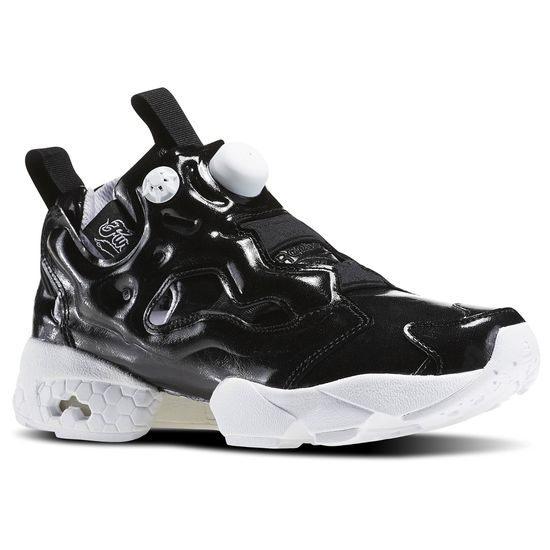 REEBOK Insta Pump Fury Overbranded 女鞋 慢跑鞋 黑魂 黑 白 亮面 漆皮 【運動世界】 AR1635