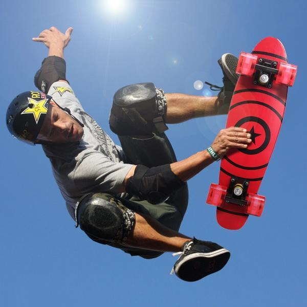 22inch Mini Cruiser Style Skateboard Outdoors Fun Wooden Skate Board with LED Light Wheels 3