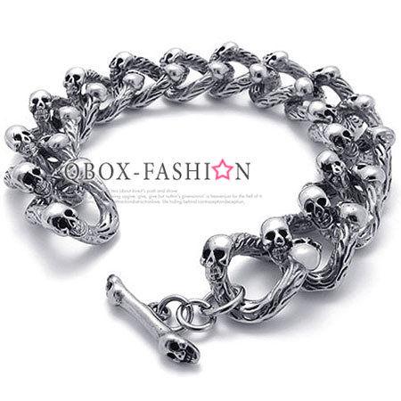 《QBOX》FASHION飾品【W10021604】精緻個性不規則骷髏圈扣316L鈦鋼手鍊手環