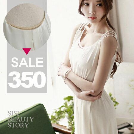 SISI【D6033】優雅名媛無袖鏤空肩立體金飾拼接純色無袖縮腰大襬雪紡連身裙洋裝