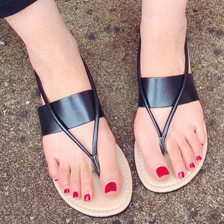 拖鞋 時尚素色皮革夾腳平底涼鞋【S1669】☆雙兒網☆ 3