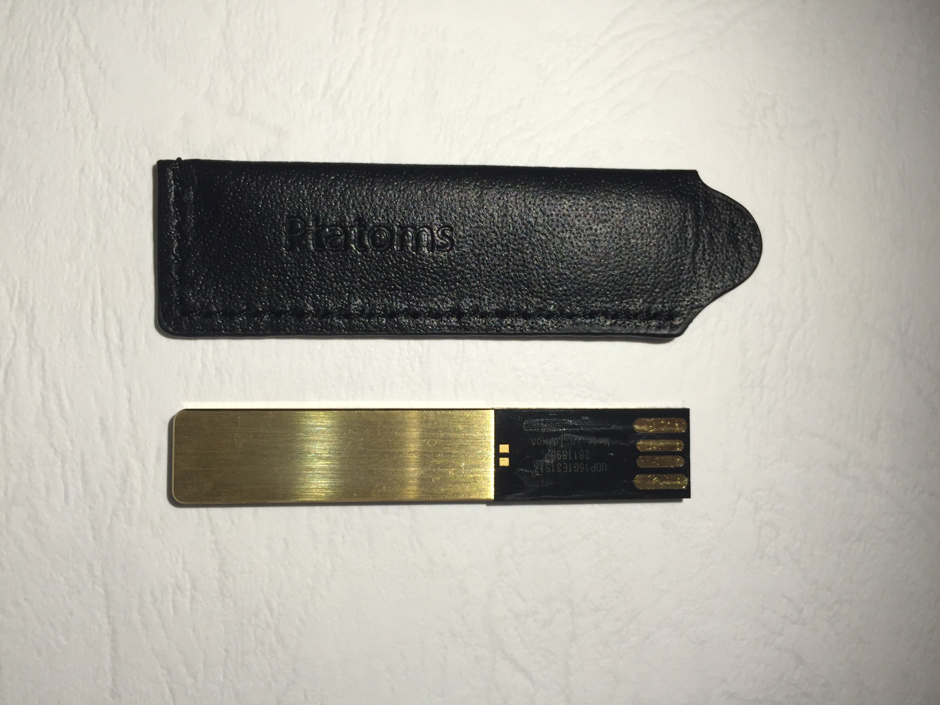 ELK-PTATOMS高品質金色USB隨身碟精美禮盒組16G(付黑色質感皮套) 2