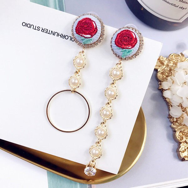 PS Mall 刺繡玫瑰花朵珍珠 圓環水鑽耳環 不對稱墜垂式流蘇耳環【G2466】