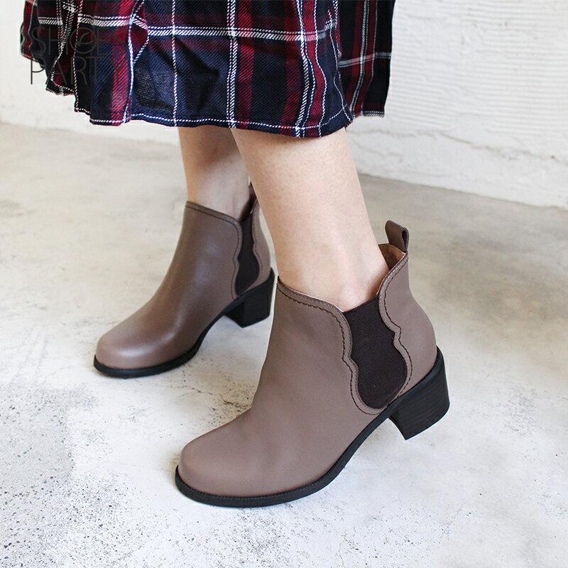 【B2-18722L】葫蘆形鬆緊帶粗跟短靴_Shoes Party 2