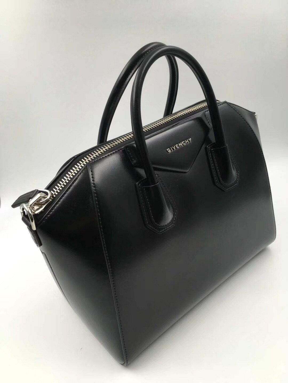 【Chiu189英歐代購】Givenchy ANTIGONA mini 波士頓