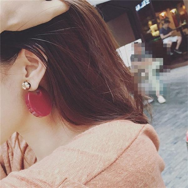 PS Mall 韓版時尚歐美光面亞克力圓形金屬球雙面耳環耳釘耳針【G2190】