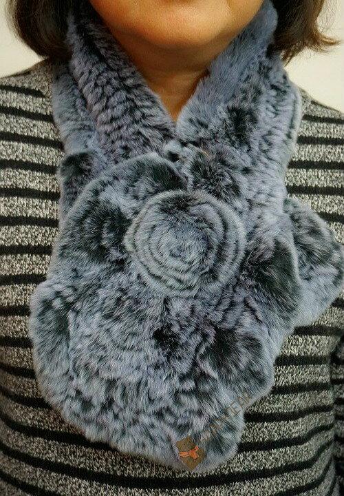 日本帶回 秋冬保暖必備!GNA 時尚名媛立體毛球兔毛圍巾/脖圍/保暖小物【灰藍大花-附別針】【快樂熊雜貨舖】