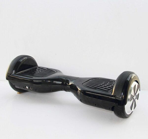 6.5吋電動平衡滑板車(黑色車身黑色踏板)#最後一台#出清