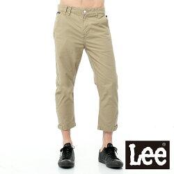 Lee 休閒褲 斜口袋褲腳設計六分褲-男款(卡其)