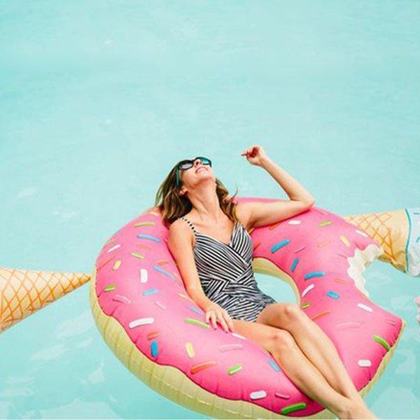 甜甜圈 游泳圈 泳圈 海邊度假比基尼