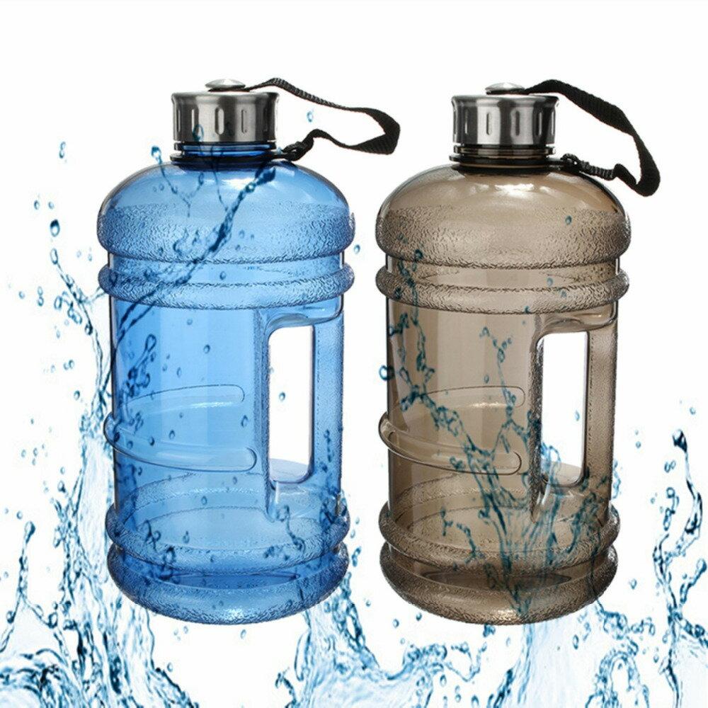 PS Mall 夏日冷水杯2.2L環保塑膠冷水壺健身房【J1065】 7