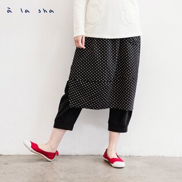 a la sha:àlashaQummi素面MARU+點點裝飾片低襠褲