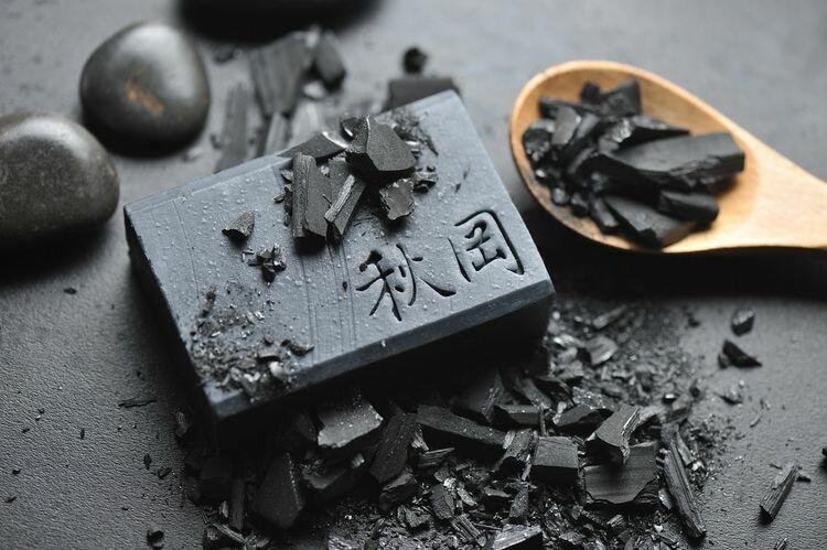 【康健天地】秋岡。備長炭黑鑽皂