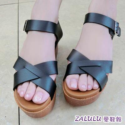 GM3971 現貨出清 MIT韓版新品交叉帶魔鬼氈厚底美腿涼鞋-黑/白36-40