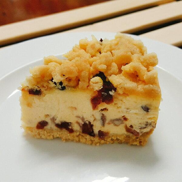 【奶酥蔓越莓重乳酪蛋糕6吋】自製菠蘿酥粒、杏仁餅乾底 用料實在