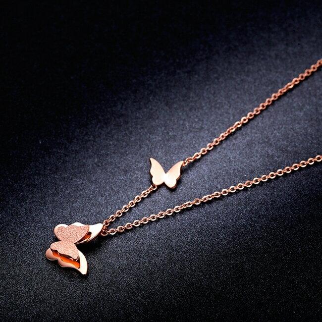 316L醫療鋼 蝴蝶飛舞 噴沙霧面 鎖骨項鍊-玫瑰金 防抗過敏 不退色