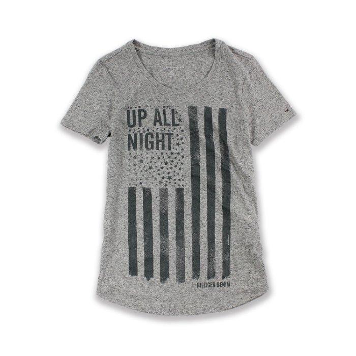 美國百分百【Tommy Hilfiger】T恤 TH 女 上衣 圓領 T-shirt 短袖 國旗LOGO 麻灰XS號 H765