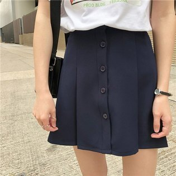短裙素色排釦學院風一片式壓褶休閒短裙【MYMX900】BOBI0621