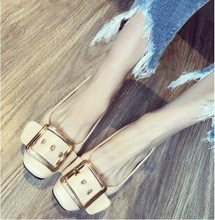 Pyf♥百搭金屬皮帶大方扣方頭寬楦鬆緊軟皮平底上班鞋45大尺碼女鞋
