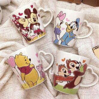 PGS7 日本迪士尼系列商品 - 迪士尼 愛心 手把 馬克杯 水杯 維尼 米奇 奇奇蒂蒂 【SFA7965】