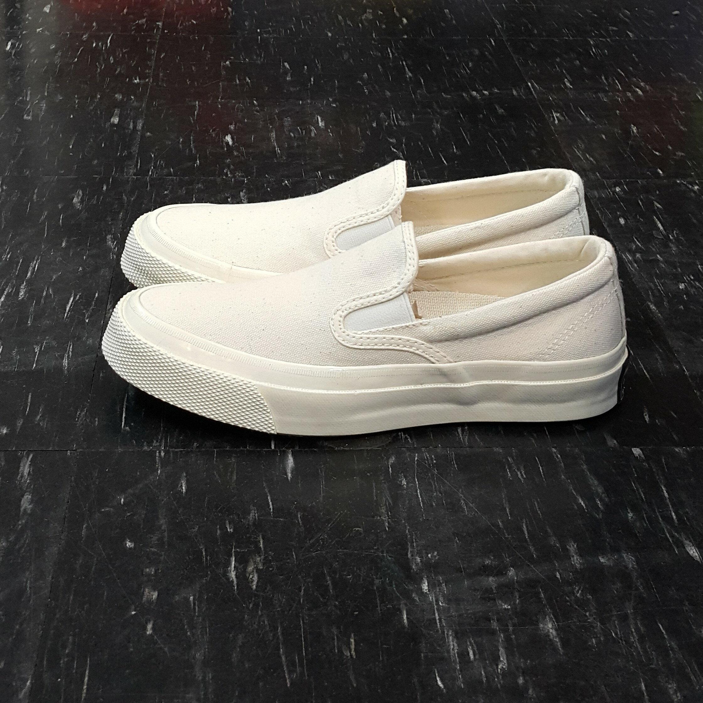 <br/><br/>  Converse Deck Star 67 1970s 懶人鞋 復刻 三星標 米白色 帆布 低筒 150856C【12/1-31 單筆滿2000結帳輸入序號 XmasGift-outdoor 再折↘250 | 單筆滿1000結帳輸入序號 XmasGift-100 再折↘100】<br/><br/>