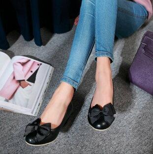 Pyf♥緞帶大蝴蝶結圓頭娃娃楔型跟鞋舒適寬楦修飾腳型43大尺碼女鞋