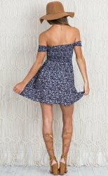 歐美新款小碎花性感裹胸印花小短裙露肩一字領碎花連身裙洋裝 2色 VDL0404