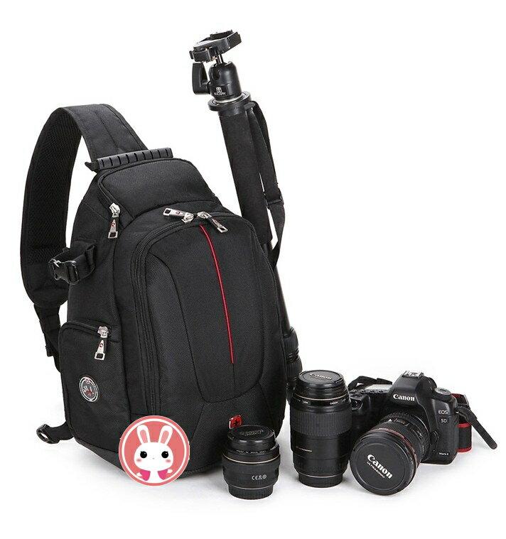 攝彩@瑞士軍刀 單眼相機包 單肩三角攝影包專業 韓版 一機三鏡 1機3鏡 斜後背 附防雨罩 堅固耐用