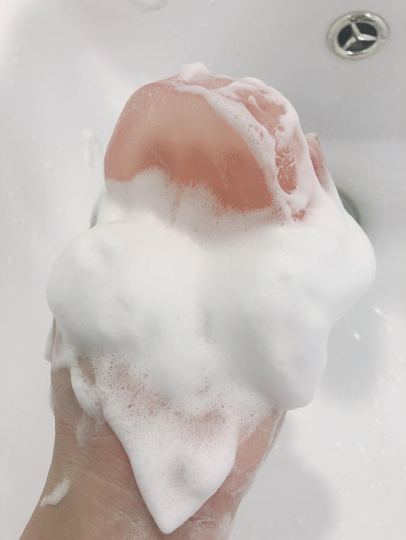 〔讓我皂顧你〕蜜桃輕顏皂+天然潔膚蒟蒻球-2入組 臉部保養 / 美容皂 / 手工洗臉皂 / 保濕 / 敏感肌可用 / 去角質 / 毛孔清潔 / 代謝老廢角質 / 環保材質 7