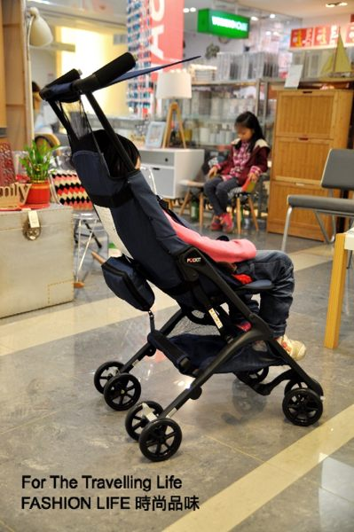 【租時尚】嬰兒車出租 日本口袋型推車 POCKIT 新生兒 時尚藍 推車出租!