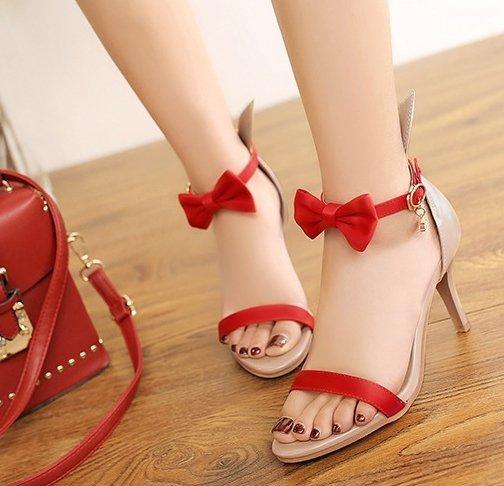 Pyf♥Pyf♥歐美明星款細跟涼鞋俏皮蝴蝶結團體表演兔子鞋加大45大尺碼女鞋