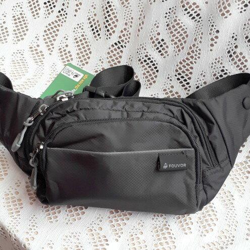 【FOUVOR】多功能休閒腰包側背包-黑色