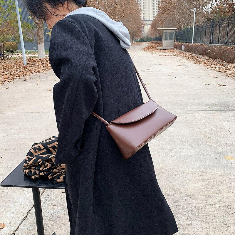 秋冬季復古小包包女2020新款潮簡約時尚質感斜挎包時尚單肩小方包