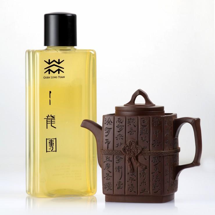 四季尋露菁淬茶  500ml  瓶  清香新爽烏龍 入口滑順,韻甘甜 丨龍團烏龍茶: 冷淬