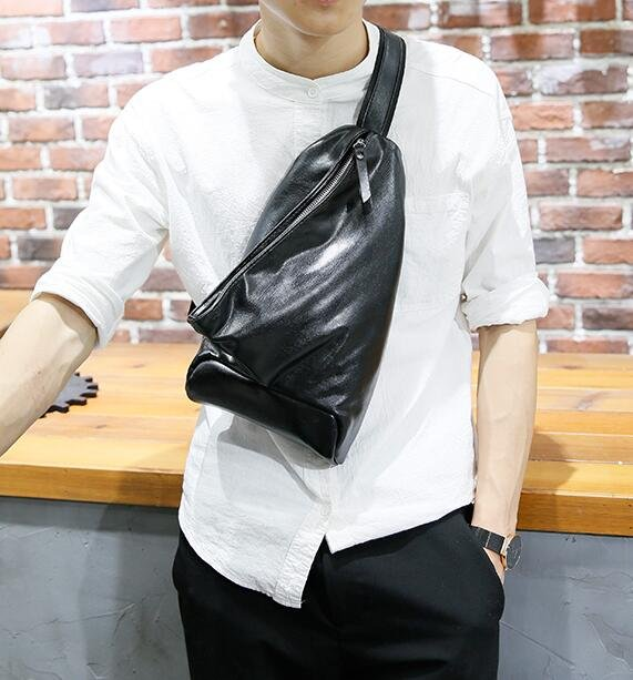 <br/><br/> FINDSENSE Z1 韓國 時尚 潮 男 黑 皮質 休閒胸包 單肩包 斜背<a href=
