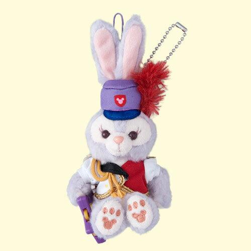 X射線【C917070】日本東京迪士尼代購-35週年限定史黛拉StellaLou樂隊風吊飾娃娃-坐姿,絨毛填充玩偶玩具公仔鑰匙圈吊飾玩偶包包吊飾