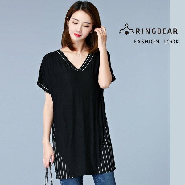 長版上衣--雅致清新個性風撞色條紋拼接寬鬆修身深V短袖長上衣(黑M-2L)-U535眼圈熊中大尺碼