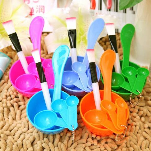 面膜美妝工具套裝4件套面膜碗+面膜棒+化妝刷+計量器四件套顏色隨機出貨【庫奇小舖】