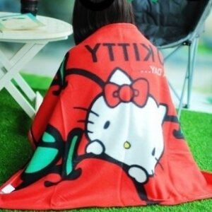 美麗大街【S105120820】HELLO KITTY 蘋果圖案毛毯冷氣毯暖毯