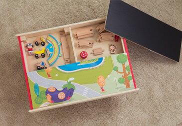 【木育家】KCFriends Enchanted Multi-Purpose Game Table- 奇幻遊戲桌  (環保木材,安全無毒) 現在購買即贈送經典復古電動火車一台!!