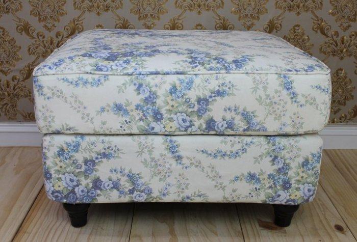 客廳沙發 /沙發凳/L型沙發/2人 / 3人 跨腳椅/客廳椅/小孩椅(白底藍花)