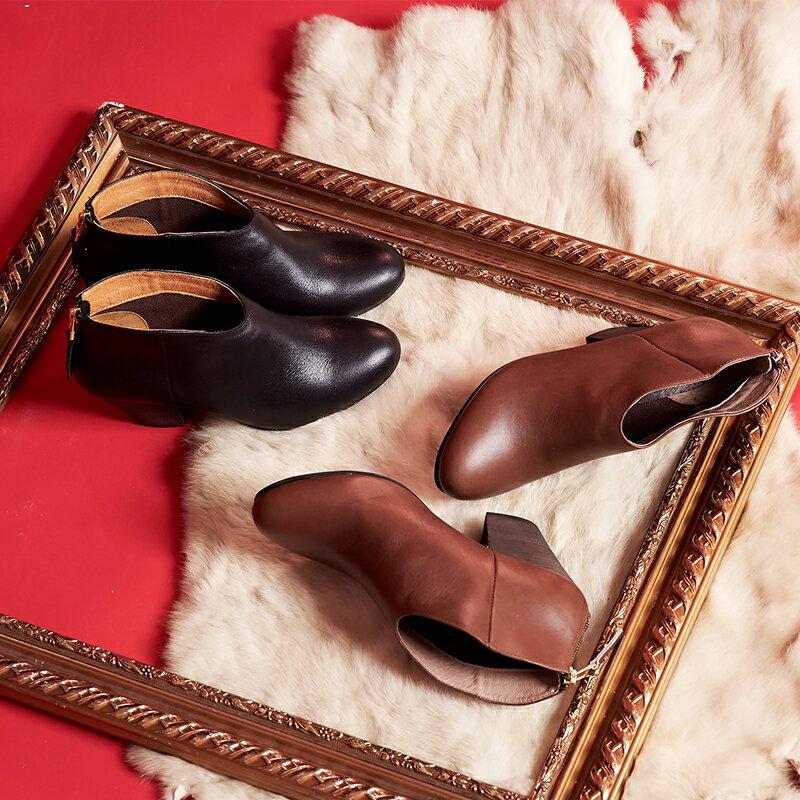 【B2-16103L】真皮後拉鍊粗跟短靴_Shoes Party 0