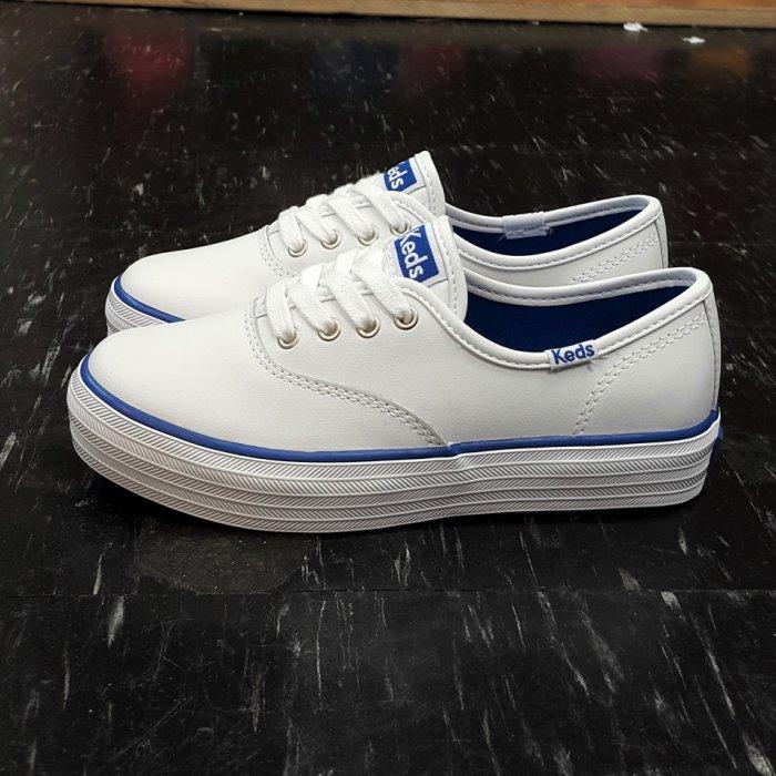 Keds 童鞋 小朋友 白色 全白 藍色 白藍 藍邊 皮革 厚底 增高 3公分 基本款 女生最大到24.5 超可愛發售中