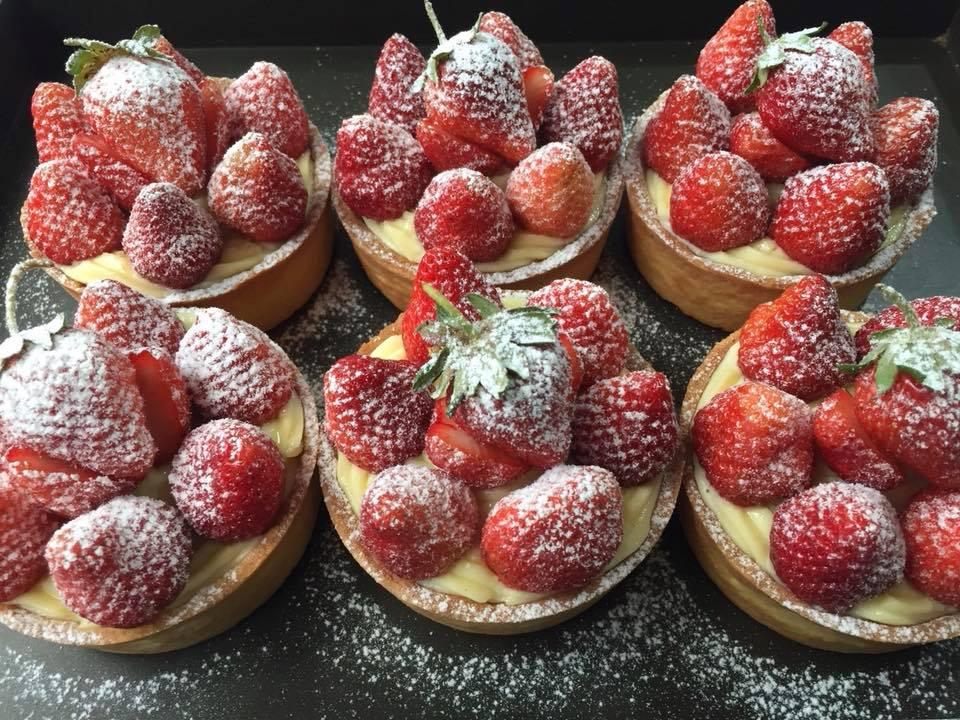 3吋草莓塔(可替換當季水果。不建議宅配,但台北市新北市量多親送或自取)