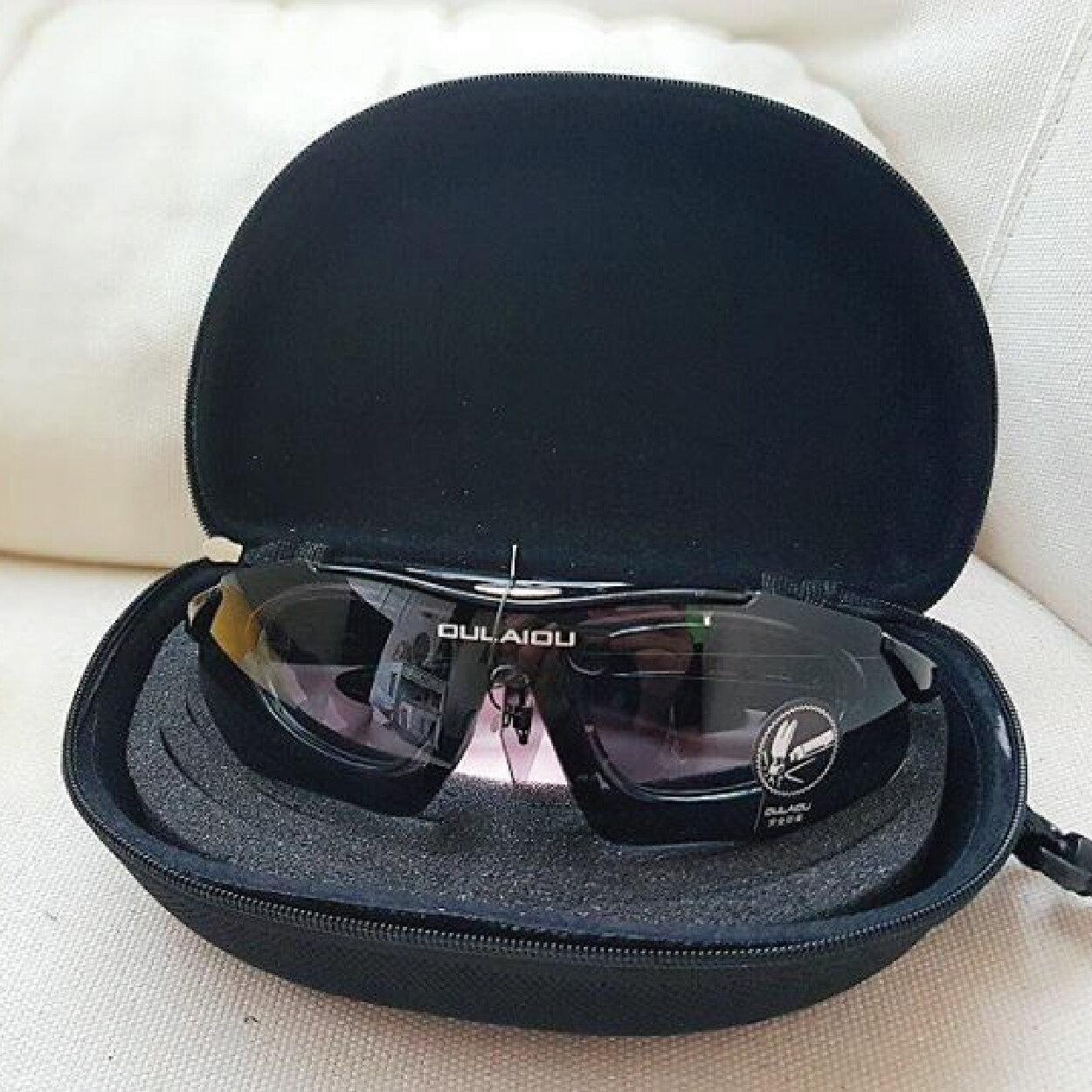 美麗大街【BK106012304】近視可用 自行車專用抗爆防uv運動眼鏡 七件組 [含眼鏡 近視框 四組鏡片 眼鏡盒 試鏡布]