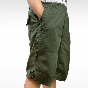 ~魔法施~~ ~世界知名品牌PEYTON總代理~超大 ~領先潮流 拉鍊貼袋短褲^(三色 ^