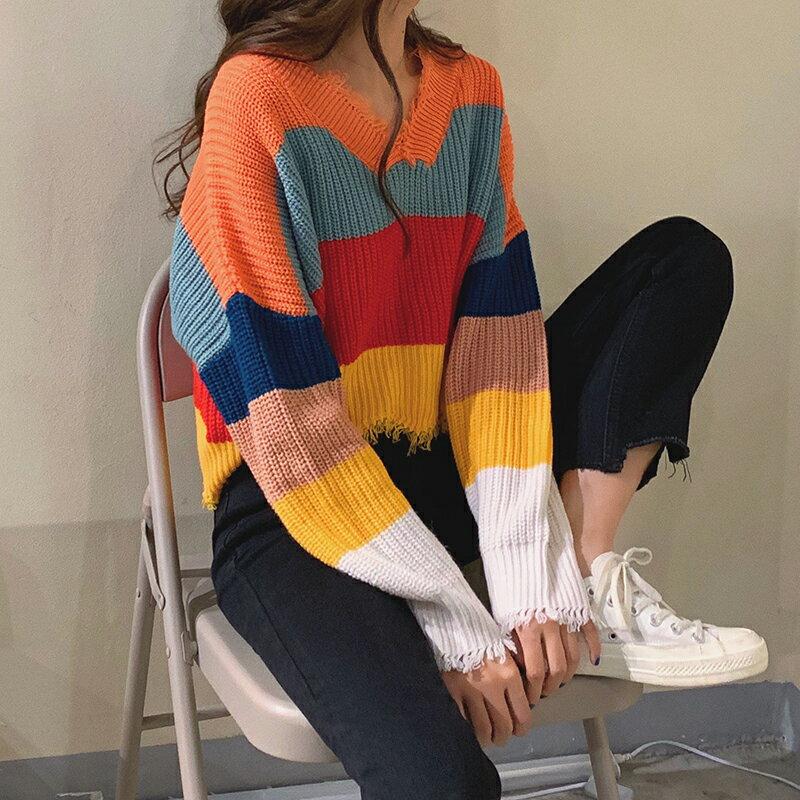 彩虹條紋V領毛衣女秋季2019新款韓版chic毛邊學生寬松短款針織衫