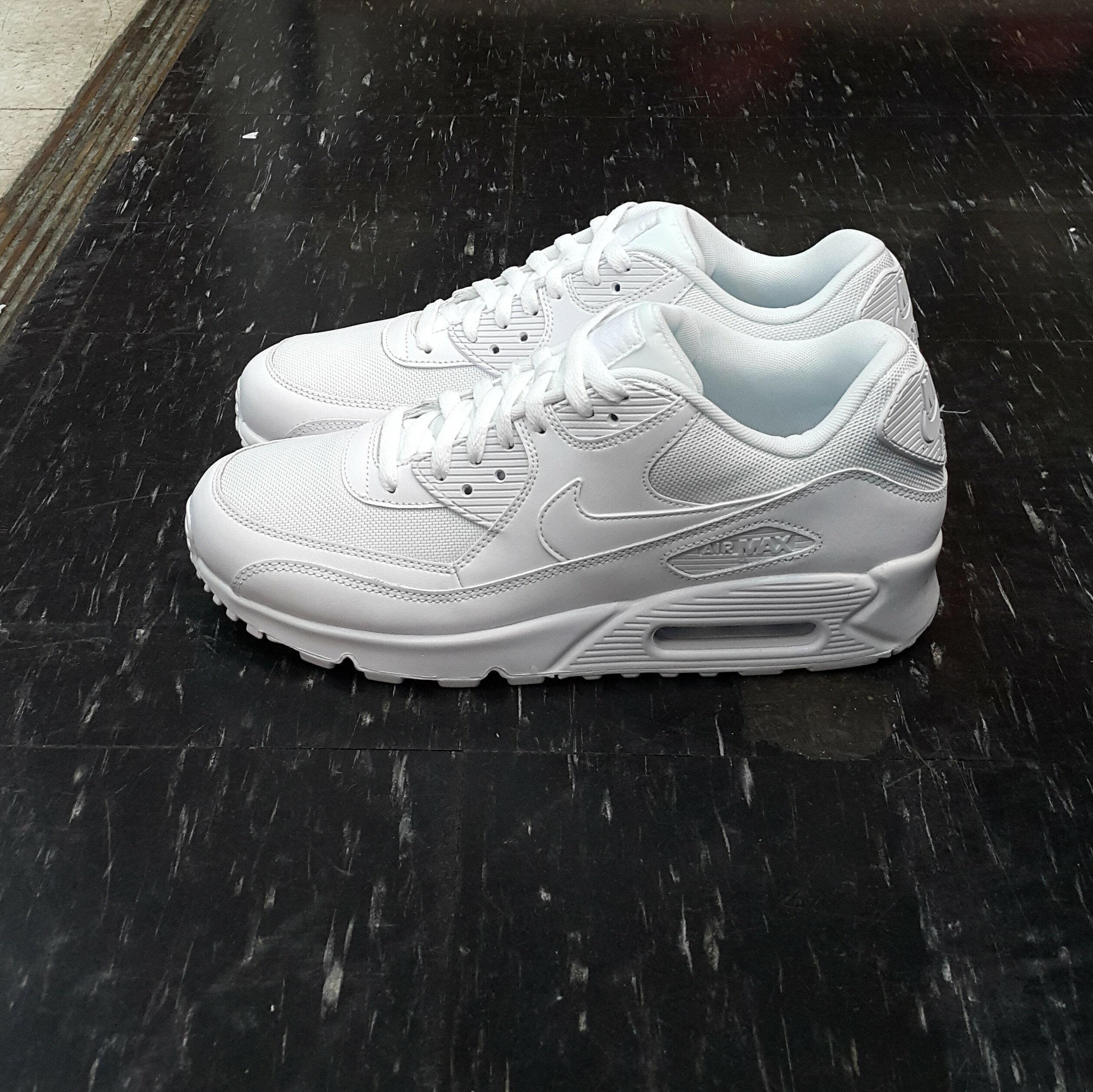 NIKE AIR MAX 90 ESSENTIAL 白色 全白 氣墊 慢跑鞋 網布 皮革 復古 537384-111